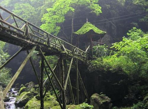 崇州周边旅游景点_凤栖山古寺图片_崇州旅游景点