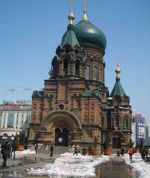 中央大街上建有欧式及仿欧式建筑
