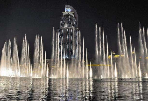 阿联酋迪拜音乐喷泉_迪拜音乐喷泉介绍_迪拜