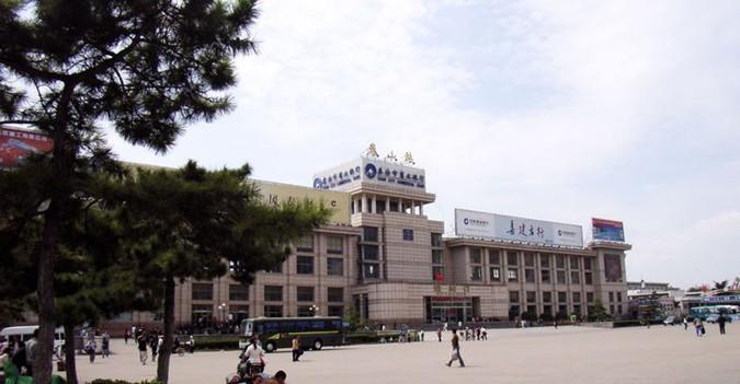 泰山火车站1