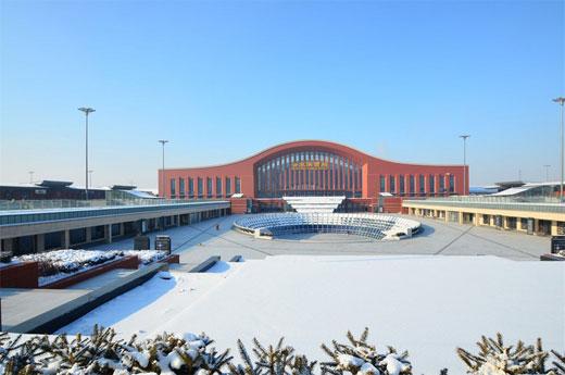 哈尔滨西火车站1