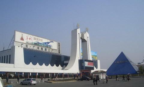 岳阳火车站1