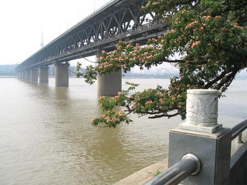 武汉武汉长江大桥景点图片 武汉武汉长江大桥旅游景点照...