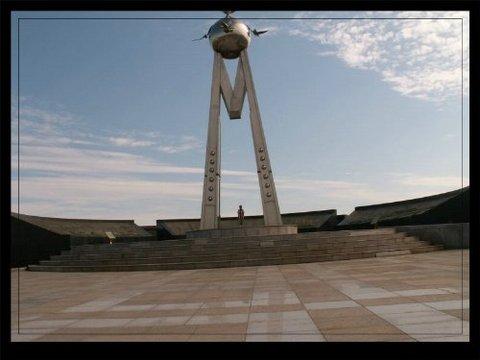 呼伦贝尔满洲里国门景点图片 呼伦贝尔满洲里国门旅游景点...