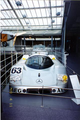 德国奔驰博物馆景点图片 德国奔驰博物馆旅游景点照片 德...